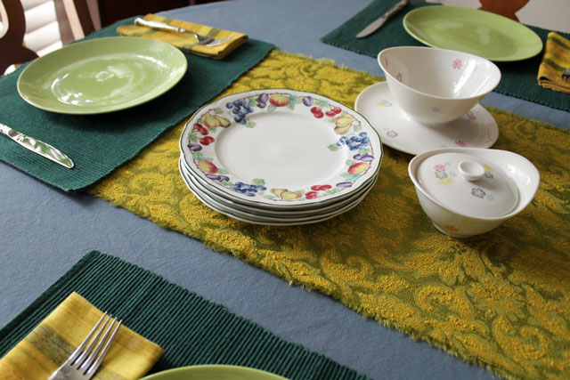 table-set-with-green-gold-and-blue