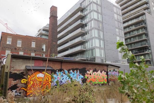 old-versus-new-buildings