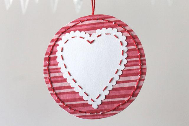 diy-pendant-valentine-card