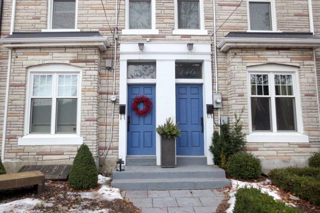 wreath-on-a-blue-door