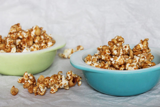 Homemade Cracker Jacks Caramel Corn