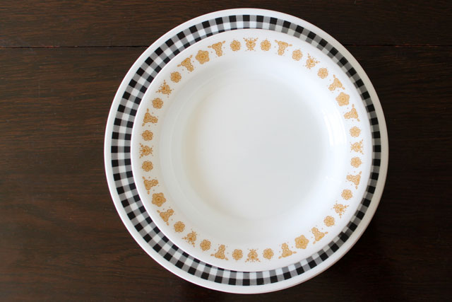 thrifted-vintage-corelle-dishes