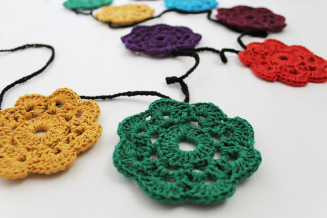close-up-maybelle-crocheted-flower-bunting-garland