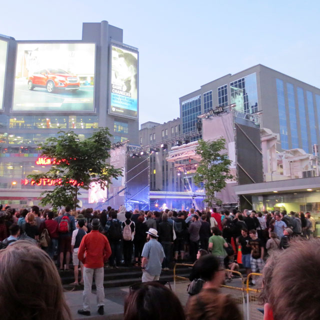 st-vincent-show-dundas-square-june-2014