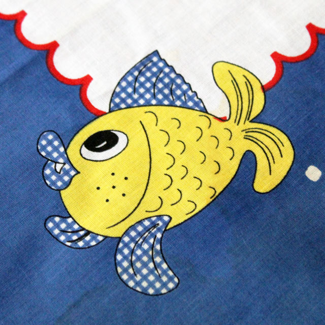 thrifted-square-tablecloth-with-fish-made-in-portugal-detail-02