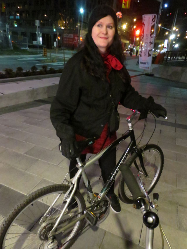 cycling-to-see-nuit-blanche-toronto-2014