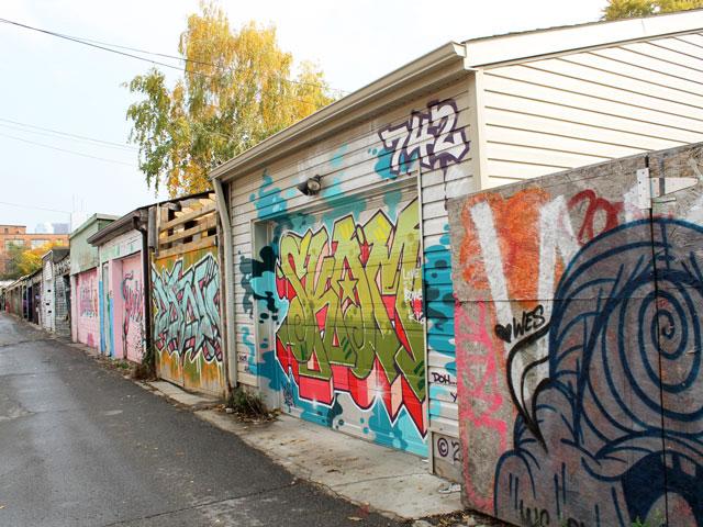 colourful-laneway-toronto