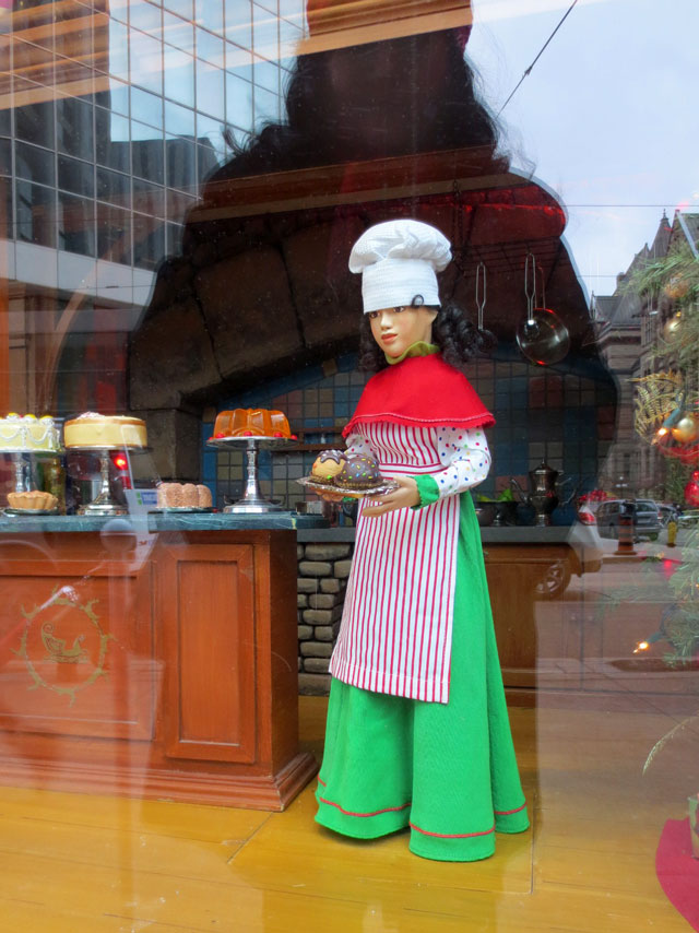 queen-and-yonge-double-exposure-christmas-diorama-december-2014-05