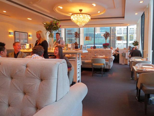 inside-chase-restaurant-toronto
