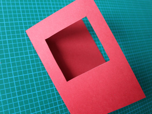 square-cut-into-the-front-the-the-card-valentine-diy