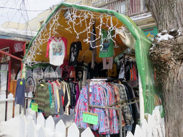 vintage-clothing-shop-in-the-winter-kensington-market-toronto