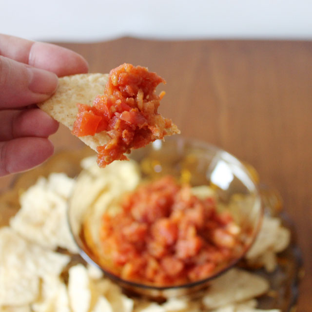 homemade-salsa-texture-combination-of-cooked-and-fresh-ingredients
