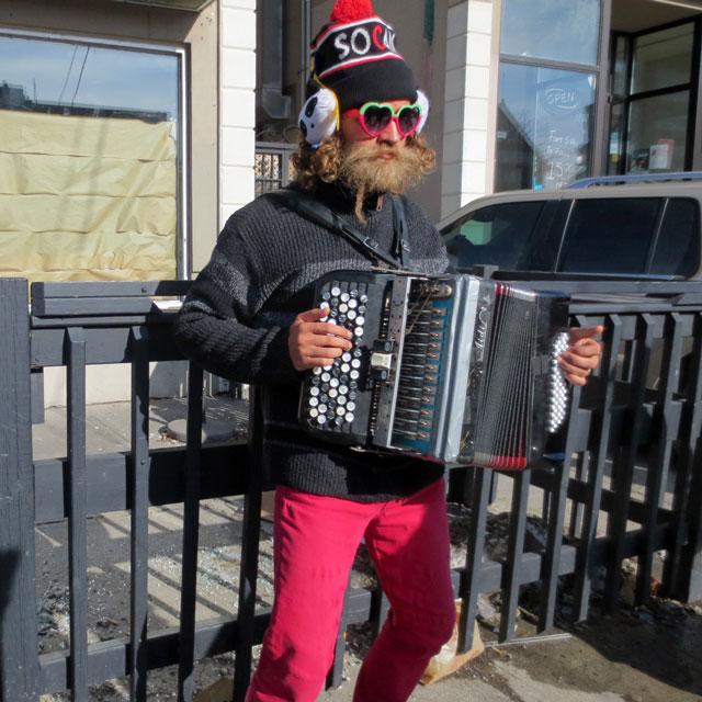 musician-accordian-player-kensington-market