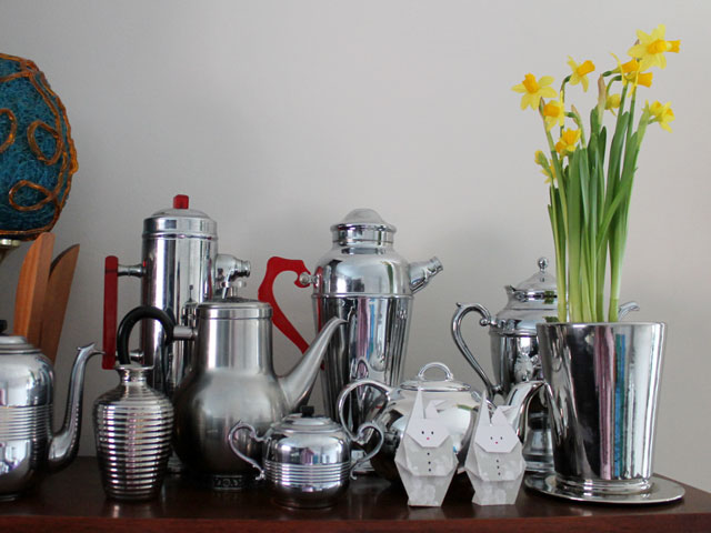 vintage-stainless-steel-and-daffodils