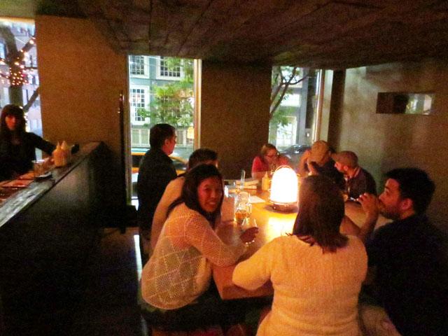 sharing-tables-at-wvrst