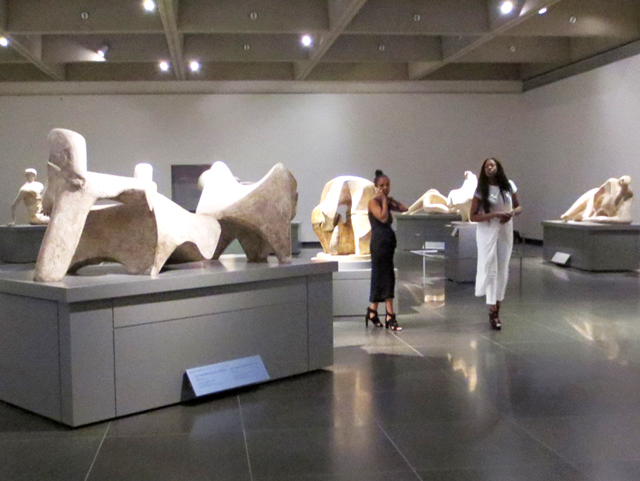 in-henry-moore-sculpture-hall-ago