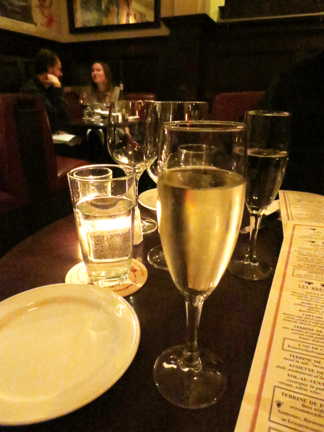 glass-of-champagne-in-a-romantic-restaurant-toronto
