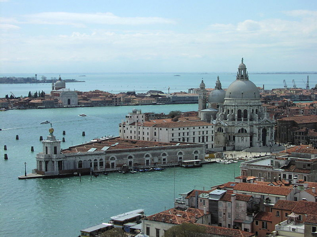 photo-used-to-illustrate-subject-of-jmw-turner-painting-done-from-the-steps-of-the-europa-hotel-venice-permission-creative-commons
