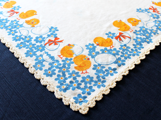 vintage-easter-table-cloth
