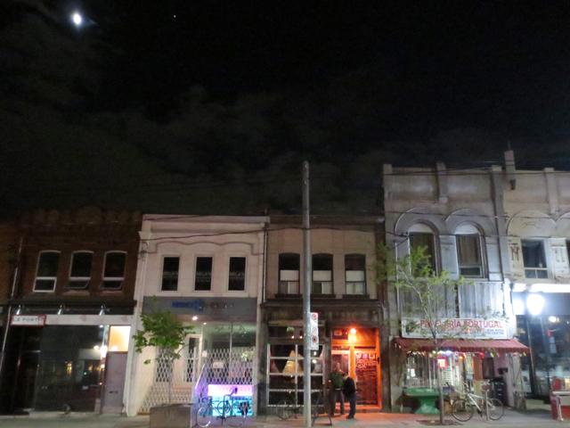 the-painted-lady-from-outside-ossington-and-dundas-toronto