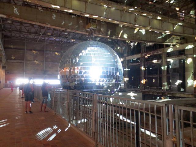 worlds-largest-mirror-ball-in-toronto-luminato-hearn-generating-station