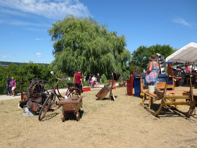 antiques-for-sale-kempenfest-barrie-ontario