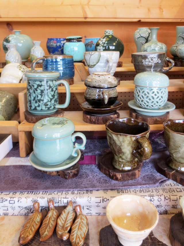 ceramics-at-hanji-shop-toronto
