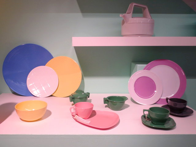restro-dishes-at-toronto-design-exchange-museum