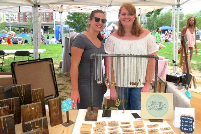 vintage-acorn-handmade-jewellery-booth-at-cityfest-festival-toronto