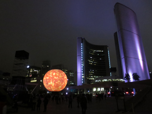 toronto-nuit-blanche-oblivion-installation-city-hall