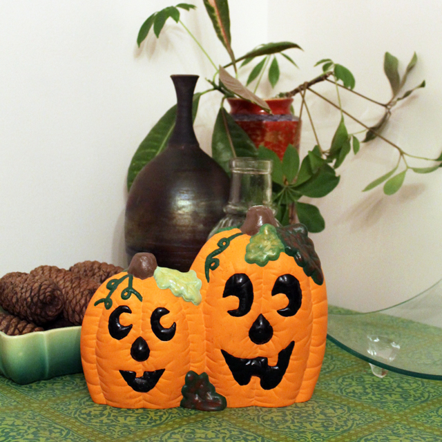 ceramic-pumpkin-pottery-piece