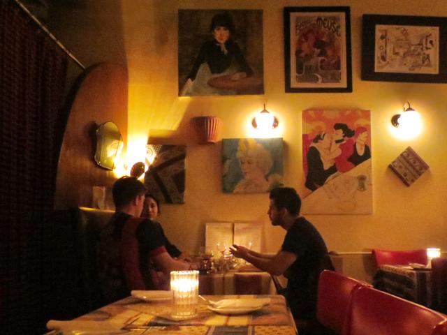 dinner-at-la-palette-restaurant-queen-street-west-toronto
