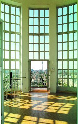 Die Lounge im Turm  Der Kuppelraum