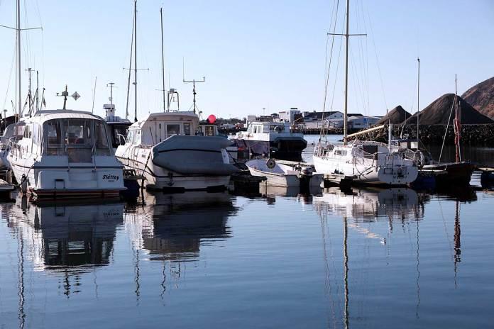 melbu småbåthavn båter båt havn motorbåt seilbåt