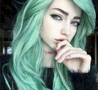 31 Glamorous Green Hairstyle Ideas | Love Ambie