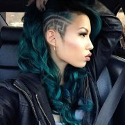 glamorous green hairstyle ideas