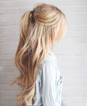 simple & cute messy ponytail