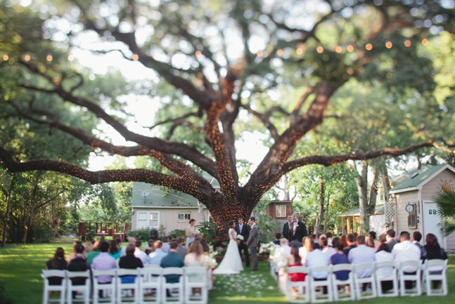 Image Of Outside Wedding Altar Decorations
