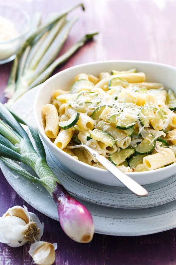 Creamy Spring Onion and Zucchini Rigatoni