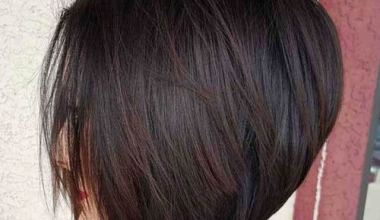 Short bob hairstyle with light layering