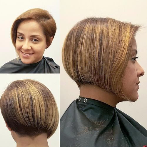 Asymmetrical beige bob with yellow highlights for oval, round & heart face