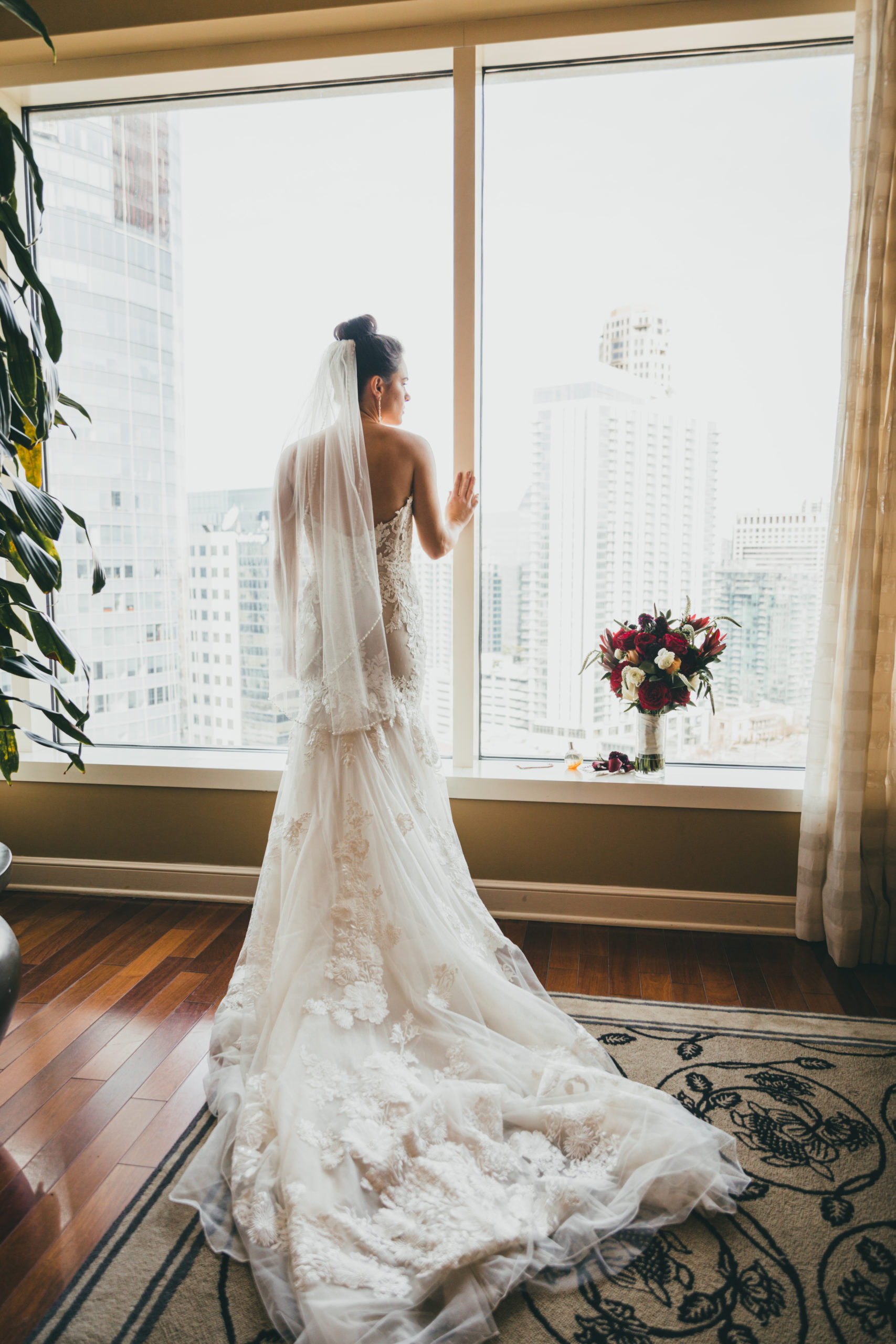 Westside-Warehouse-Wedding-MaryClaire-Corey-lsc9342