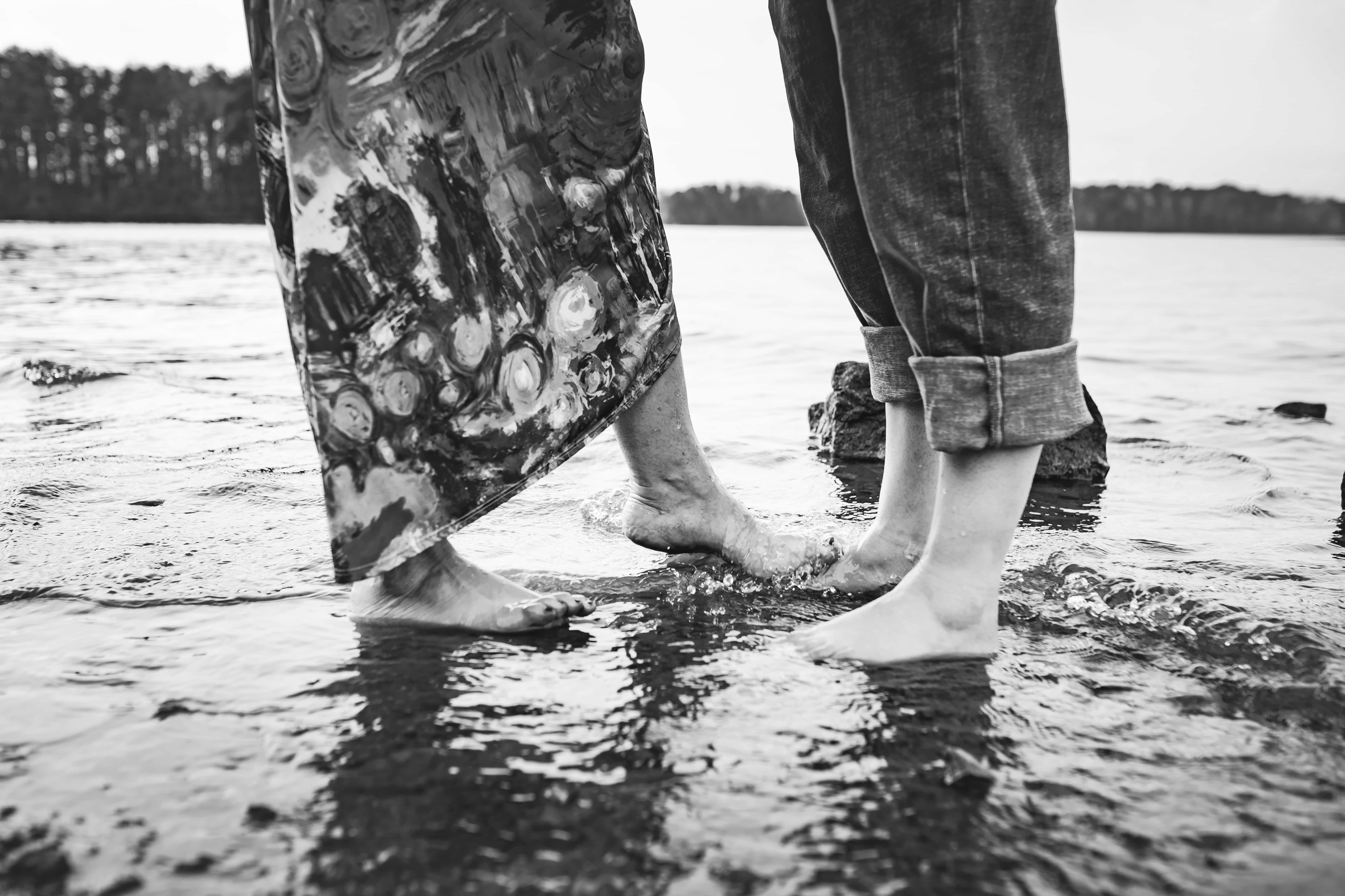 Lake-Lanier-Engagement-Session-J-and-Chris-love-and-story-roswell-8643