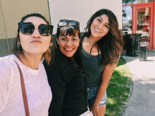 Happy Shopping Selfie