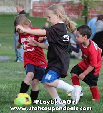 Verizon FiOS Play Like a Girl #PlayLikeAGirl #FiOSFootballGirl