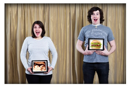 Creative Ways To Announce Pregnancy - Photos of Baby and Burger