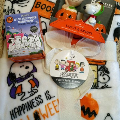 PEANUTS Halloween Bundle Giveaway