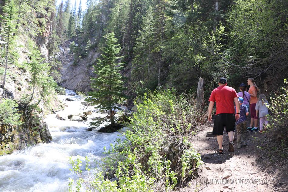 Donut Falls Trail