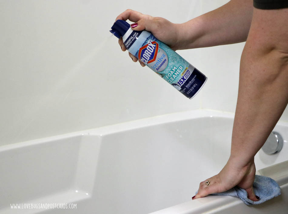 Quick Bathroom Cleaning Routine with Clorox