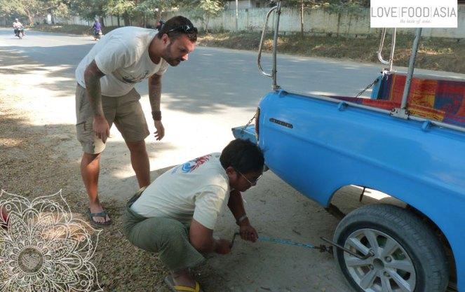 Reifen wechseln in Mandalay